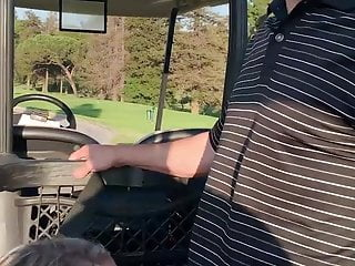 Women amateur golf - Hot blowjob in the golf course