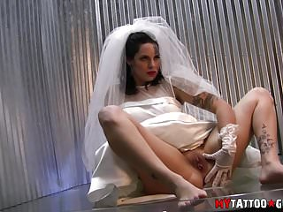 Nikki schieler american wedding nude Kitten wedding dress photo shoot