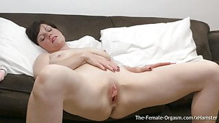 MILF Bates Big Pussy Lips to Two Groaning Pulsing Orgasms