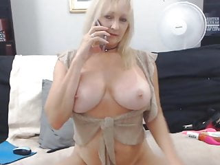 Live webcams and phone sex Mature blonde with phone sex on webcam