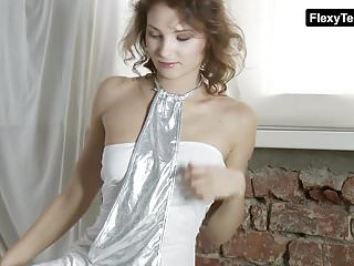Free old tv moves porn - Sexy moves by a hot gymnast