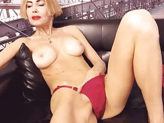 Posted in channel flurl pussy creampie - Blond pussy discovery channel