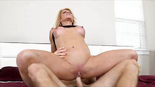 Amanda Verhooks Sexy Milf