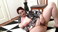 Real mature mom with very big tits and hungry pussy