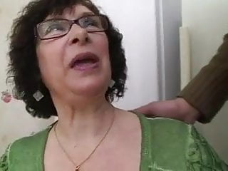 Fucking grannys ass French granny ginette anal fucked