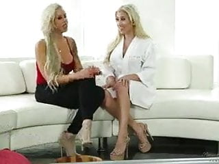 Hot mom lesbian Hot mom and aunty sex with uncle