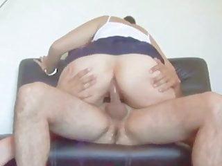 Sexo Sobre El Sofa
