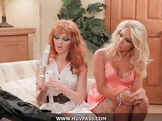 Video hd porn - Threesome lesbians hd porn