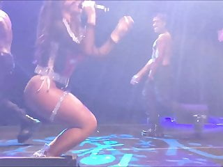 Jessie jane sexy hot Dinah jane sexy on stage 2 shebad