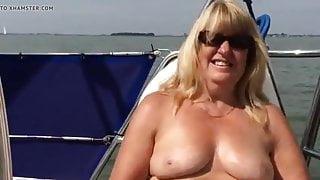 Gilana on yacht for masturbte
