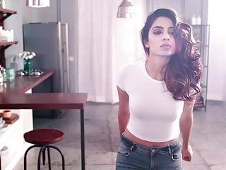 Fuck to indian actress - Indian actress jeans ass show