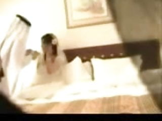 Amature wedding night sex pics - Wedding night from saudi arabia lelt el do5la
