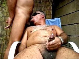 Oso Maduro 14: Free Gay Porn Video 15 - xHamster   xHamster