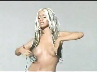 Christina aguilera nude pics Christina aguilera