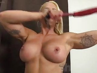 Muscle babe masturbates Blonde muscle babe jill gets off