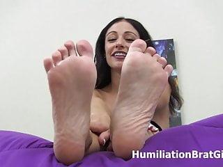 Blowjob jordana - Jordana leighs sexy feet