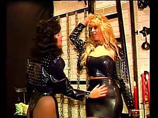 Bondage club sex - Three girls in club
