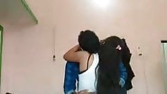 Indian couple has sex on cam