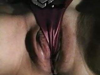 Sex tanga Le gusta que le jueguen con la tanga