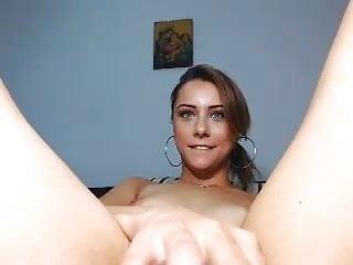 Romanian girls orgasm - Cute brunette masturbating