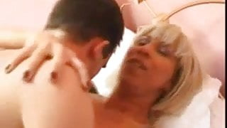 MATURE TAKES IN THE ASS
