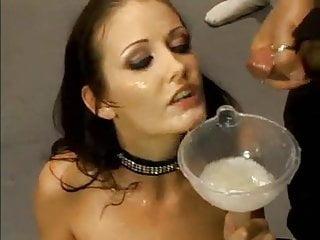 Massive tits cum swallow Voll massive ladung