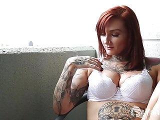 Monte carlo tranny - Yanks monte fucks her pierced pussy