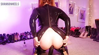 I'm a Gaping Latex Whore Shannon Heels