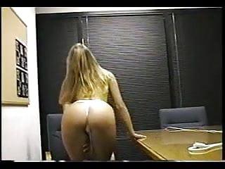 Showoff strippers va Office showoff