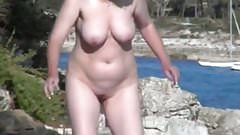 Spy Beach Mature Wet saggy Grannys showing of GILF Pussy