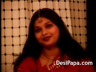 Ass in sari - Indian wife in red sari striptease show