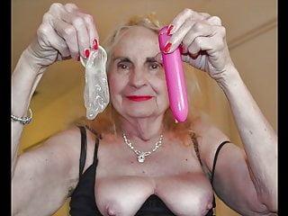 Coliseum sex show - Granny sex show 6
