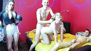 Russian Teenagers – Amateur Group Does Hot Threesome Cam Show