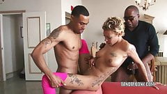 Ebony hottie Diamond gets fucked by two stiff cocks