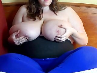 Huge hanging tit cumshots - I love huge hanging tits 166