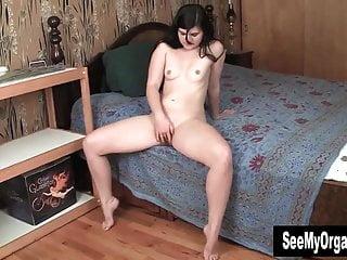 Sexy women monroe la Sexy monroe masturbate her pussy