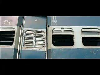 Prianka chopra sex Perneeti chopra full scene movie suddhadesi romance