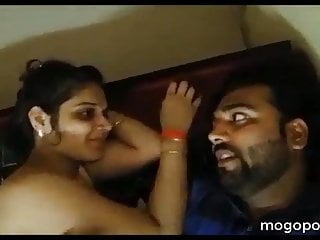 India real xxx honeymoon picture - Honeymoon night romantic love of real indian couple