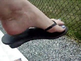 Boy feet yo sex Butt boys put a nice creamy load on my feet loser