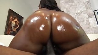Thick Jayden Starr gives sloppy bj and does anal