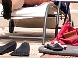 Milf bikini pic - Saggy milf bikini oops - beach spy 5
