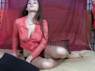 Sexy stiptease nude video Pink top stiptease violet