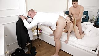 RIM4K. Ordering room service turned into a threesome