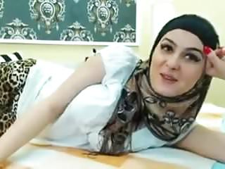 Beautiful big boobs movies Beautiful big boobs arab girl infront of webcam