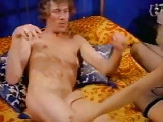 John francis fucks a milf - Petite blonde tramp rides john holmes in bed