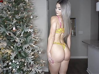 Youtube adult porno - Sexy youtuber trying on thong bikinis pawg
