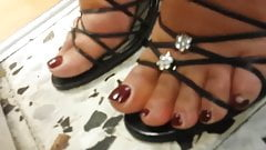french secretary smelling feet 1