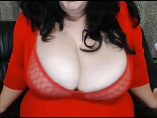 Boob breast cleavage juggs real tit - Big titty bbw shakes cleavage and spits on boobs