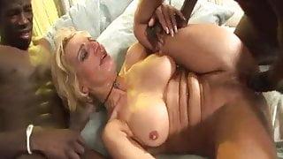 2 Mandingoes fill italian mature Lisa Shadow in all holes