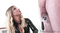Mistress Vixen - Clamping to Extremes
